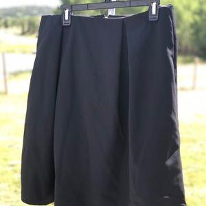 Chelsea 28 Black Skirt